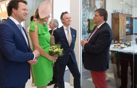 Maxima enthousiast over Weder